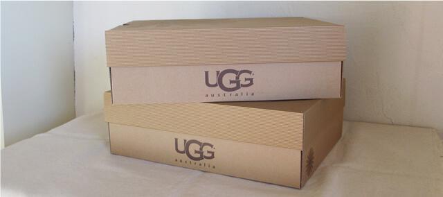 UGGの箱
